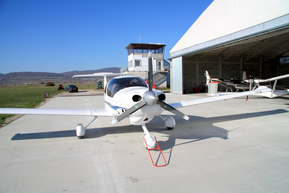 DA40 Diamond Star / OM-DBV