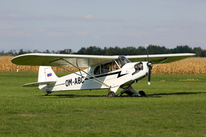 Piper Cub / OM-ABC photo Cajo
